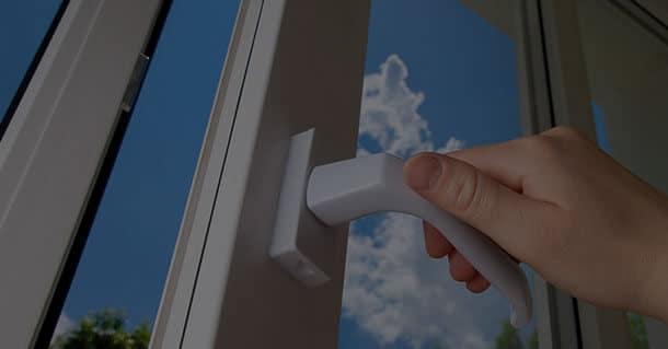 VINYL & METAL WINDOW REPAIR