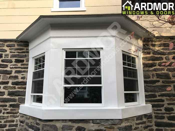 New_Vinyl_Window_Replacement_in_Old_Bay_Window_in_Tinton_Falls_NJ